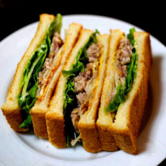 【ADIOまかない】自家製コンビーフのサンドウィッチ